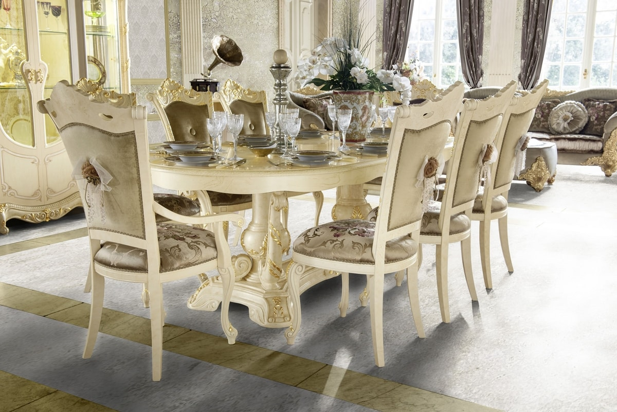 Madame Royale oval table, Oval dining table