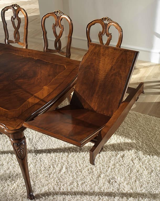 P 301, Walnut square table, extendable, Style '700