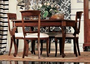 Settecento tavolo quadrato, Extensible table in walnut, with craftsmanship