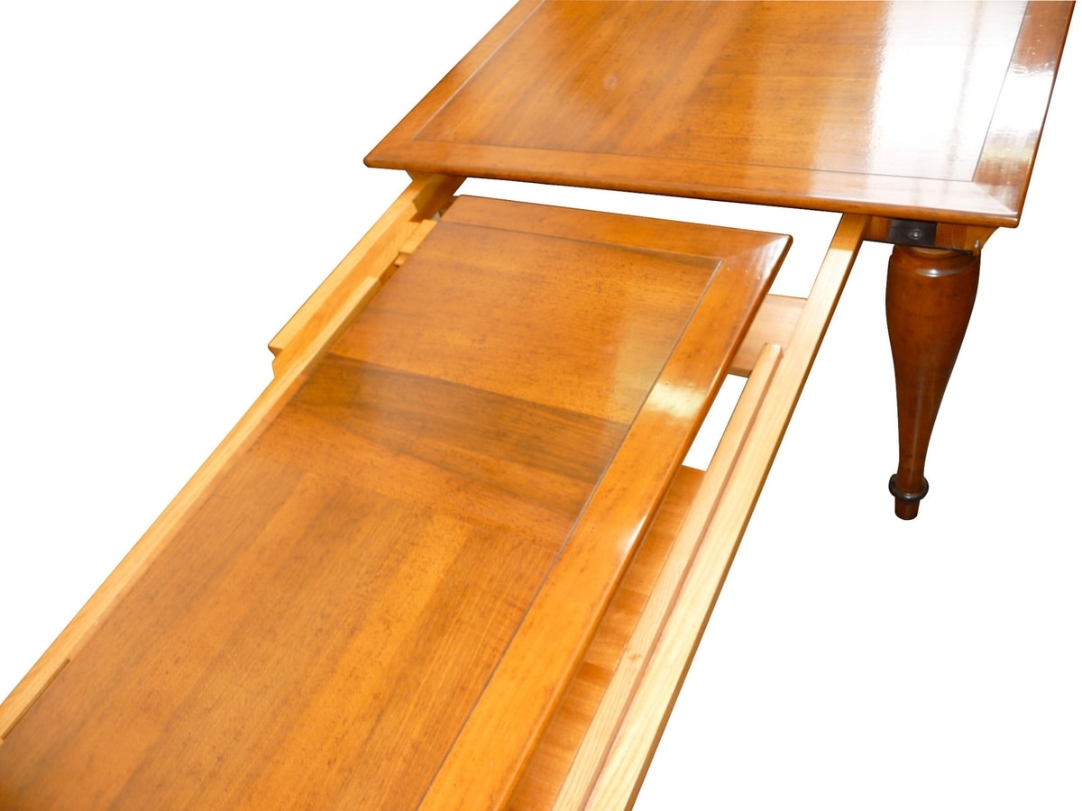 Tretyakov CH.0101, Extendable rectangular table in walnut, for classic environments