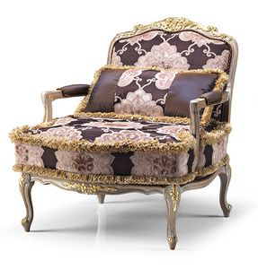 1708/A, Luxurious carved armchair