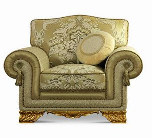 4642/L1, Upholstered classic armchair with carved feet