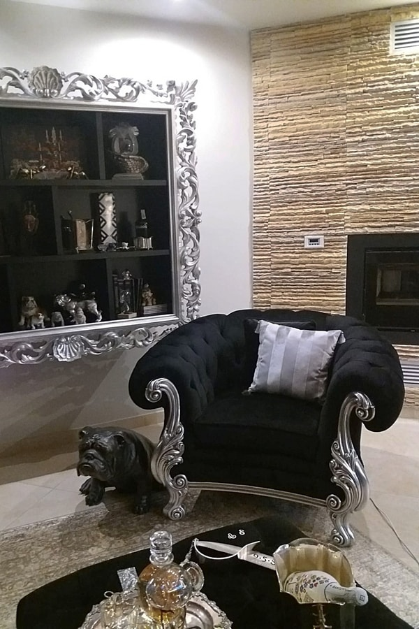 Manchester fabric, Armchair with tufted upholstery
