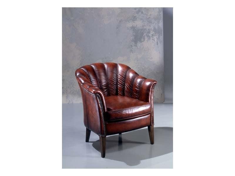 Petalo, Classic leather Armchair, padded in polyurethane