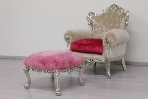 Stradivari fabric, Spacious baroque armchair, in red fabric