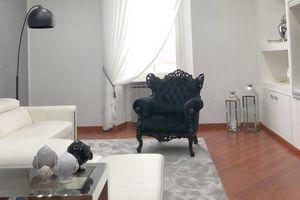 Stradivari imitation leather, Luxurious classic style fire-retardant armchair