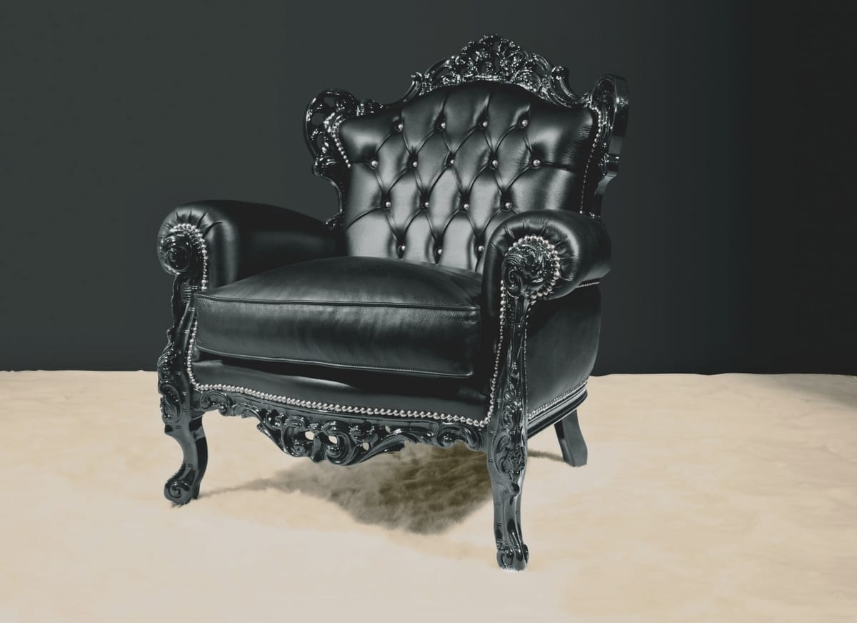 Stradivari leather, Luxurious armchair, covered in leather