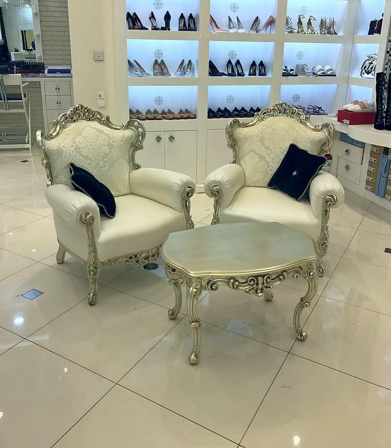 Stradivari fabric, White lacquered armchair, leather, new Baroque style