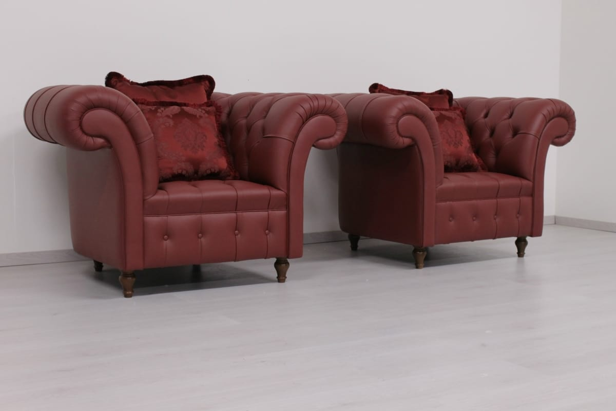Swing leather, Armchair in English Chesterfield style