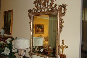 Art. 157, Florentine style mirror, carved by hand