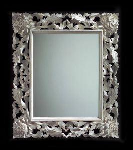 Art. 20104, Mirror in classic style, with rich carving