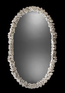Art. 20462, Oval mirror, with floral pattern carvings