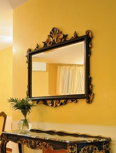 Article 811-SH Clara, Mirror in beech, finishing in antiqued gold leaf
