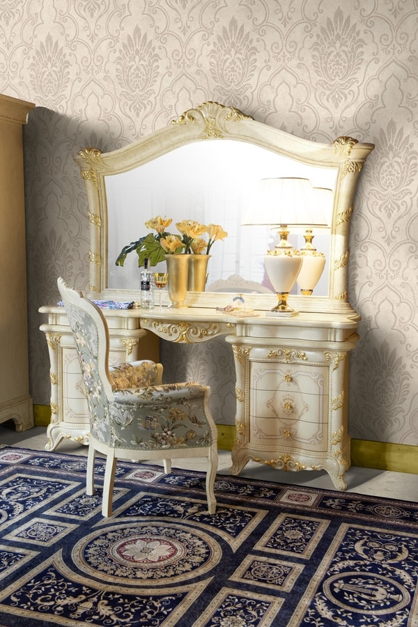 Madame Royale mirror, Classic countertop mirror