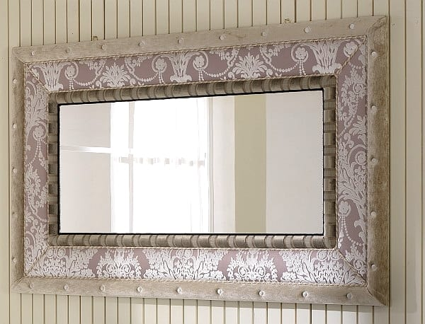 QUEEN mirror 2, Mirror with fabric frame