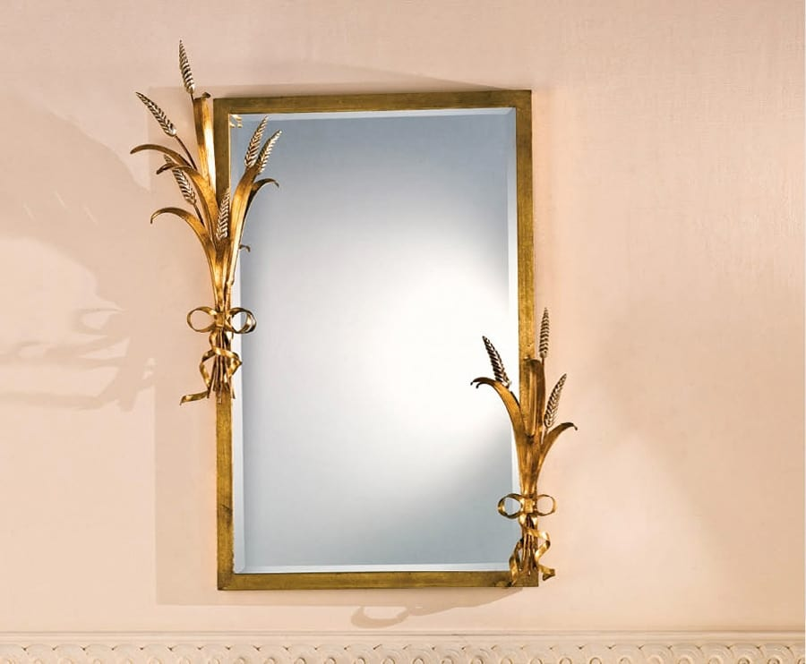 SP.7265, Rectangular mirror with frame in gold leaf