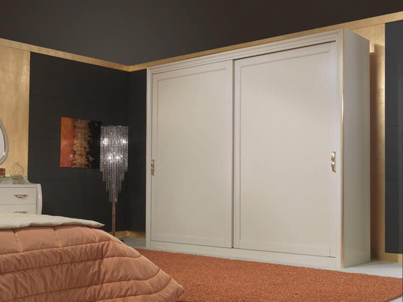 Art. 2010 Wardrobe, Wooden wardrobe, in classic style, with sliding doors