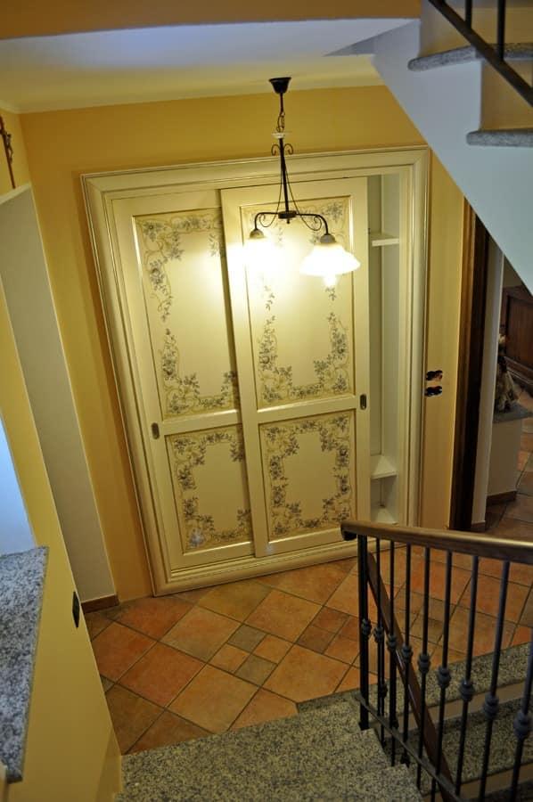 Art. 2304 Karina, Wardrobe with sliding doors, contemporary classic style