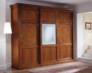 D 708, Classic wardrobe with decorated central glass