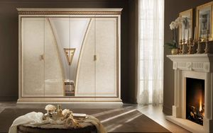 Fantasia wardrobe, Luxurious wardrobe, in neoclassical style