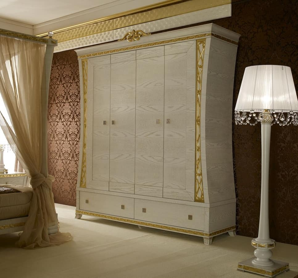 Wardrobe with 4 doors, with handles made of precious stones | IDFdesign