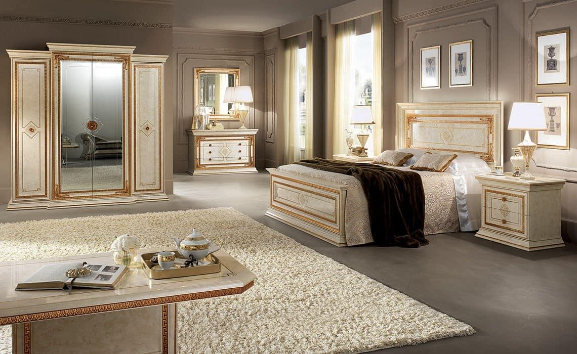 Leonardo wardrobe, Capacious and functional wardrobe, 4 doors with golden frames
