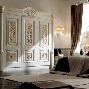 Luigi XVI Art. ARU01, Classic style wardrobe, decorated by hand