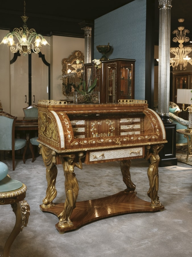 5830, Luxurious opening desk