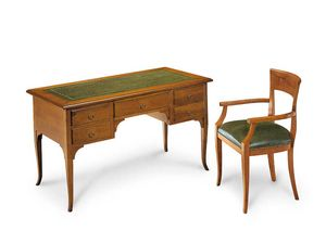 Art. 102V, Wooden writing desk, with leather top