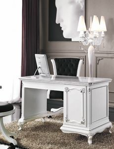 Art. 3244, Elegant white lacquered desk