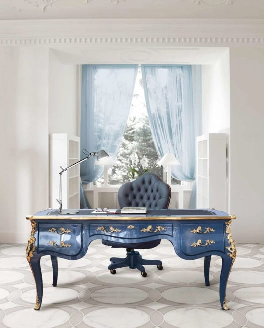 Art. 963, Classic style office desk