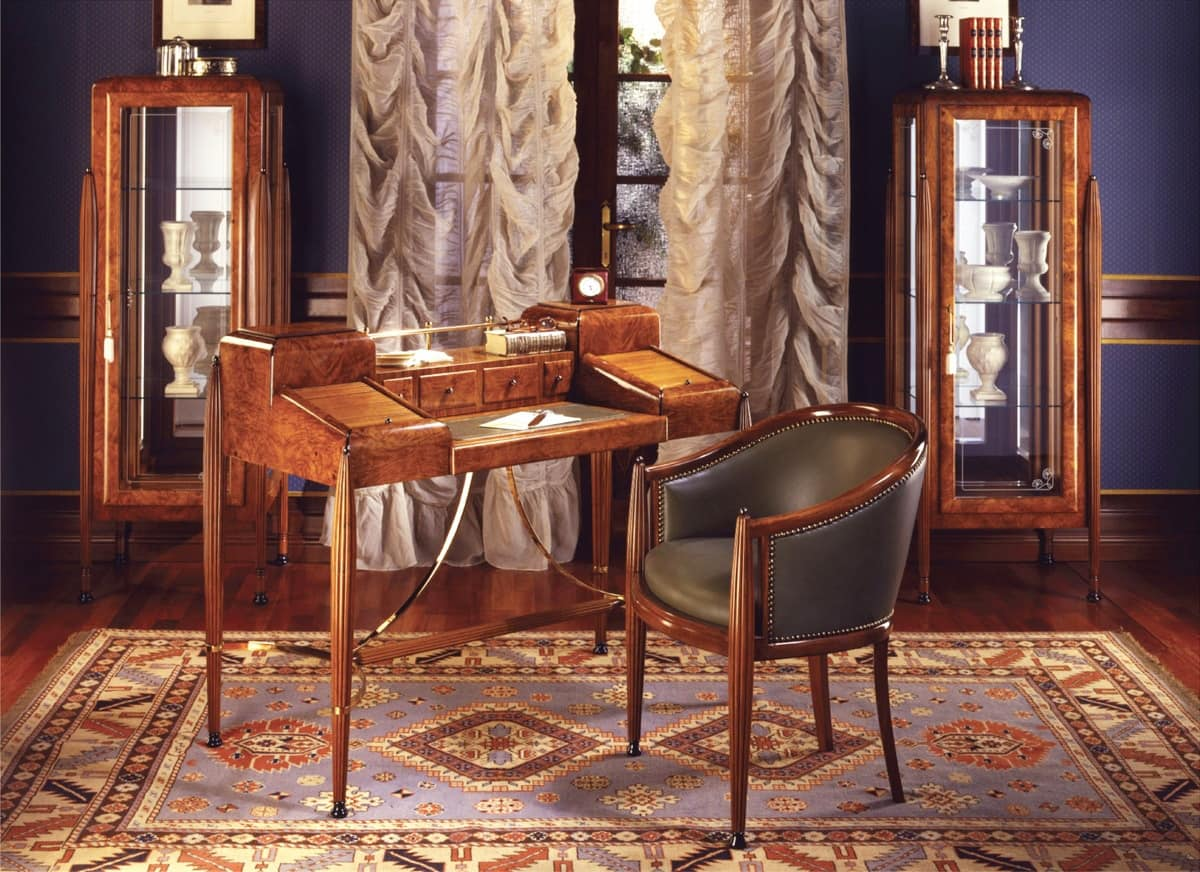 Art Déco Art.541 writing desk, Writing desk in walnut with satin finishing