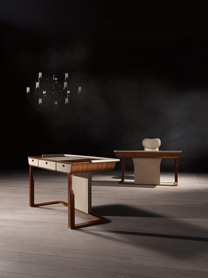 SC27 Desyo desk, Walnut desk with bronzed steel handles