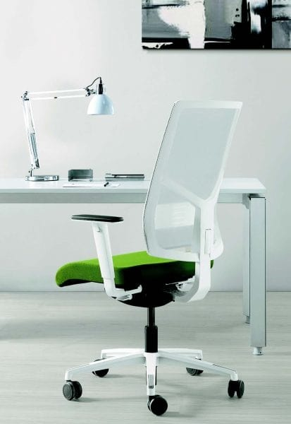 11522 Sax, Elegant office chair with white base