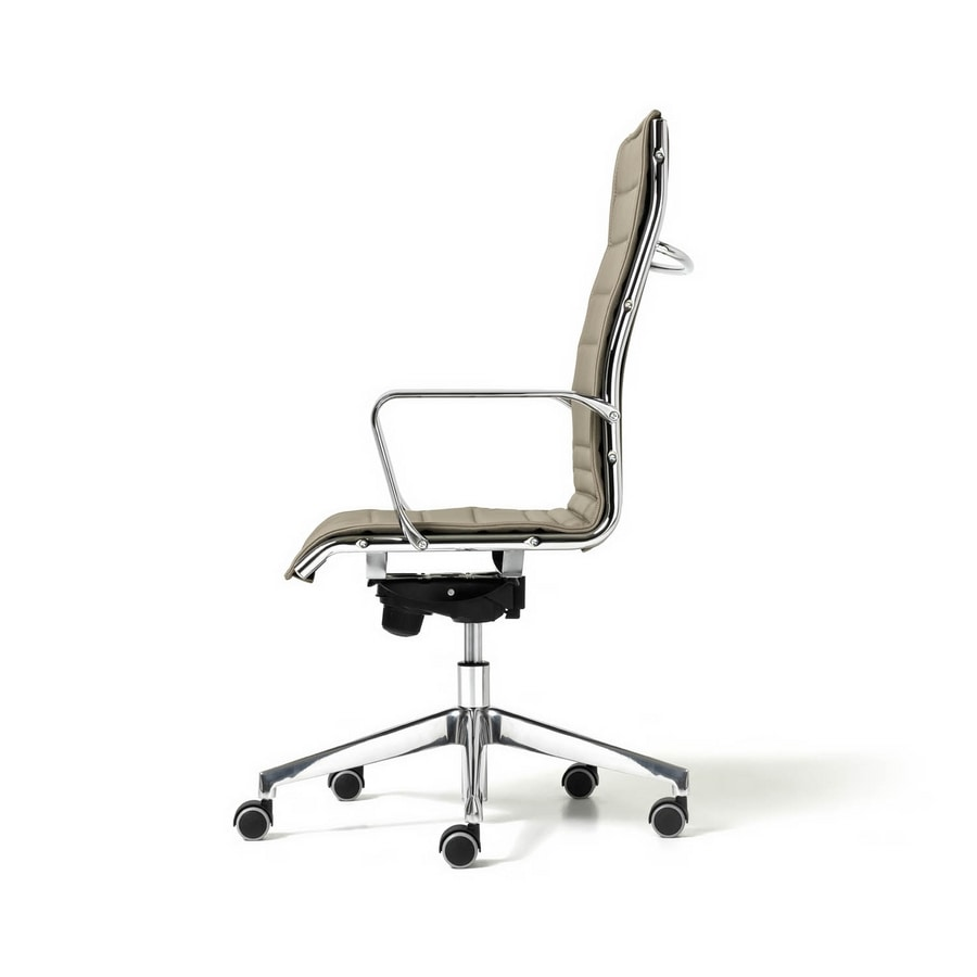 Auckland, Wheeled chair, for direction, reclining back