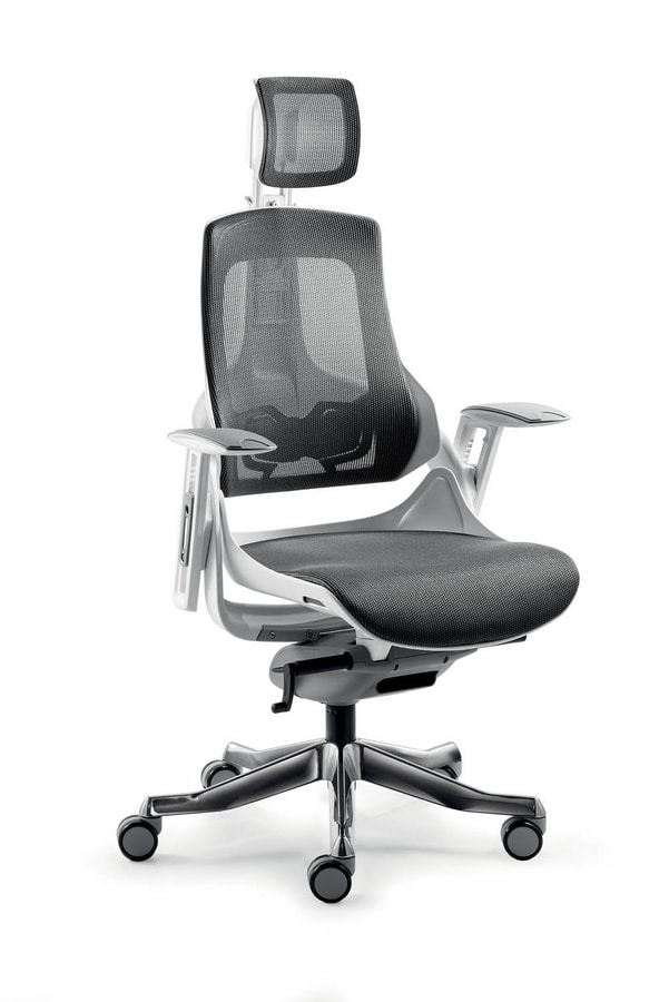 UF 612, Executive chair with mesh backrest ideal for modern office