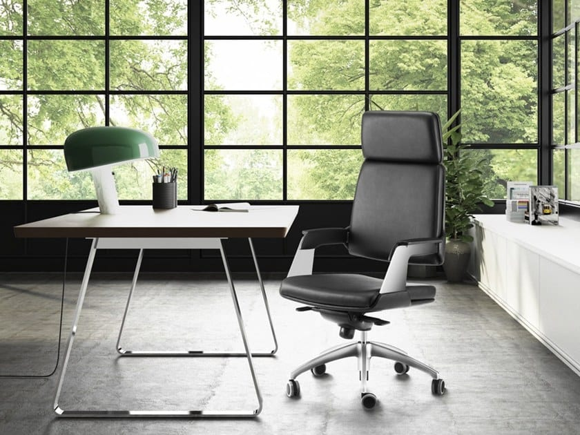 OMNIA, Executive armchair with oscillating with advanced fulcrum