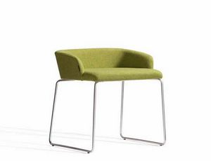 Concord 521AV, Armchair with sled base and low back