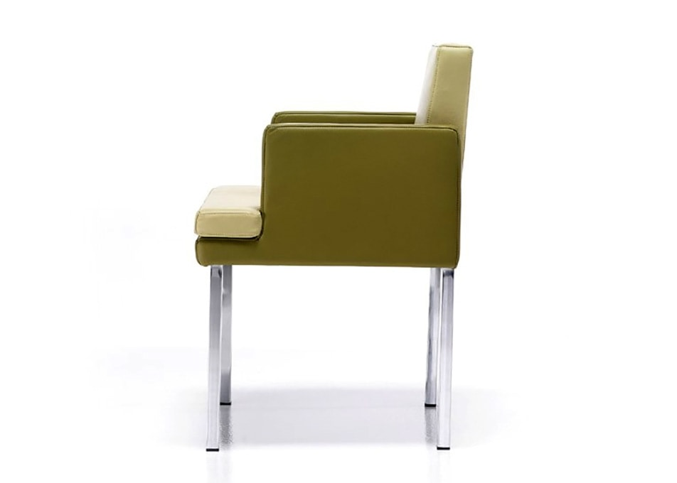 Marta, Modern armchair, in leather