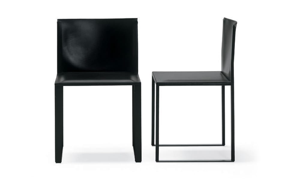 Tersilla, Armchair in leather with metal structure