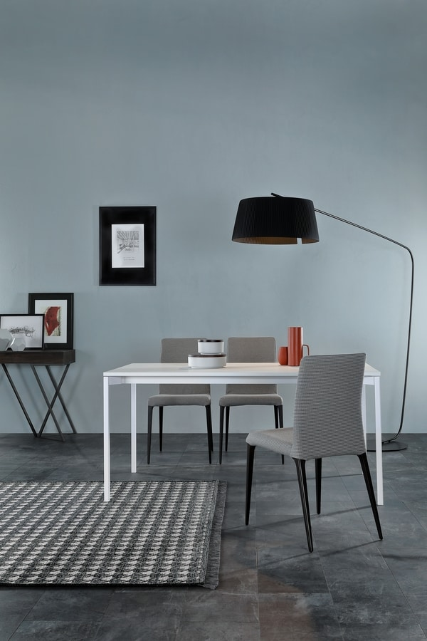 EVO, Table with extensions