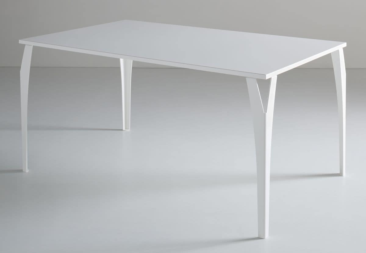 Charme, Painted metal table, for hotels and restaurants