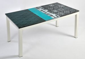 Colorado App106, Table with ceramic top