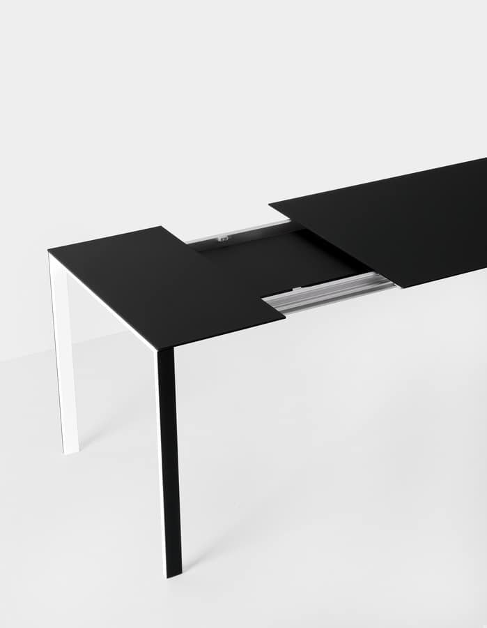 Thin-k Outdoor, Design table in aluminum for contract and domestic use