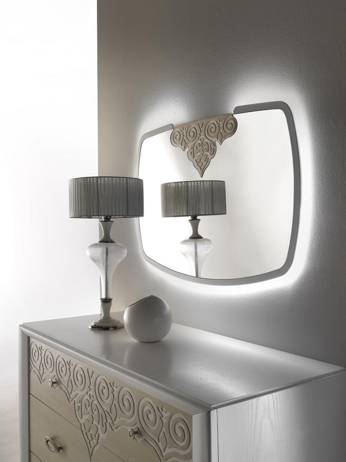 AN 723 A, Mirror with white frame