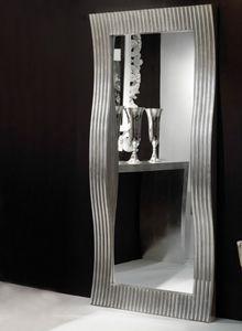 Art. 20712, Rectangular mirror with wavy frame