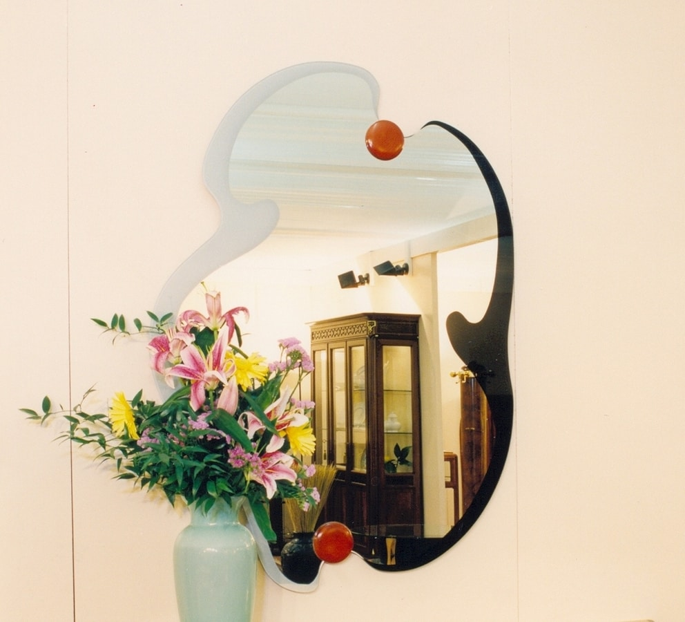 Art. 231, Mirror with frame