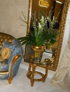 Art. LO 010 gold with bronze patina, Elegant outlet mirror with fine carvings