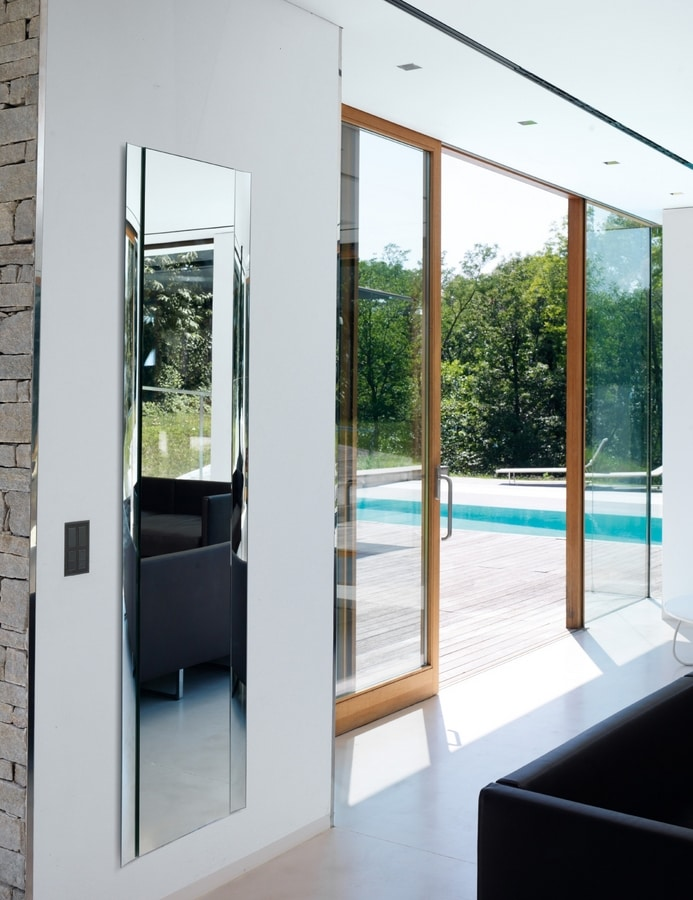 Concept 385, Elegant contemporary mirror