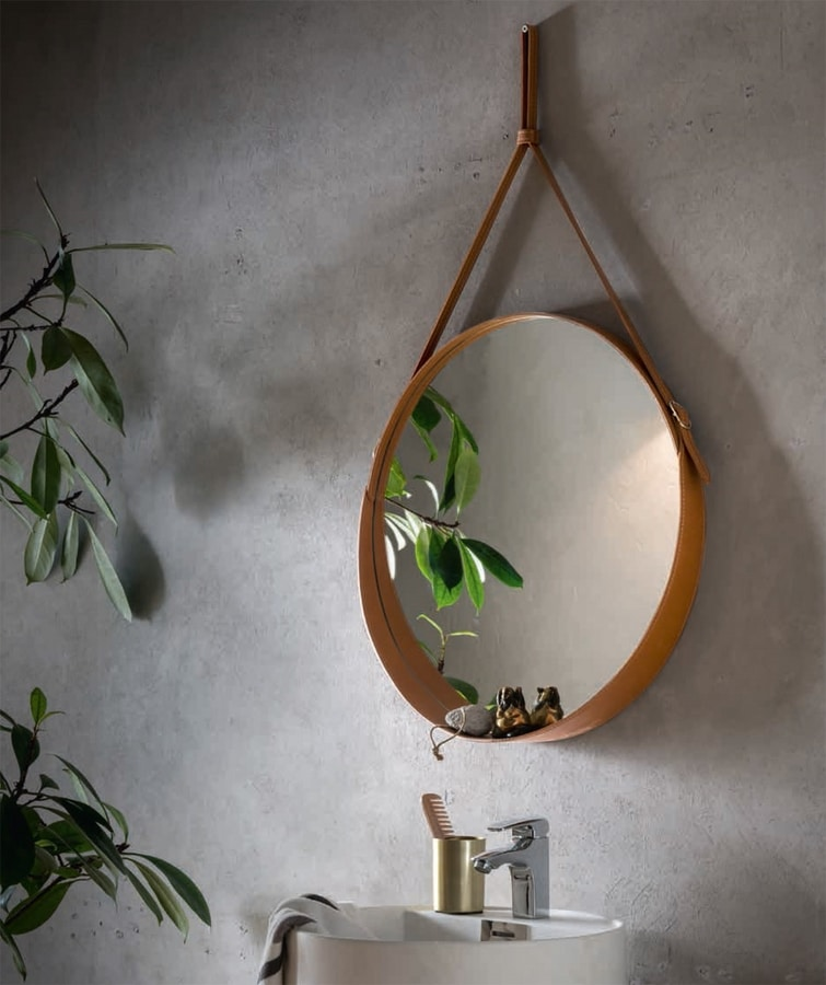 Corium, Round leather mirror